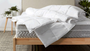 lightweight duvet insert for all-year use