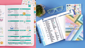 budgeting journal to keep track of monthly savings and spending