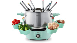 fondue maker with forks for dipping