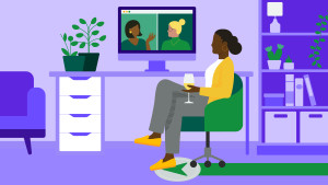 Woman sitting at her desk on Zoom
