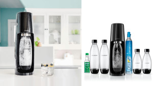 soda stream that creates fizzy water at a touch of a button