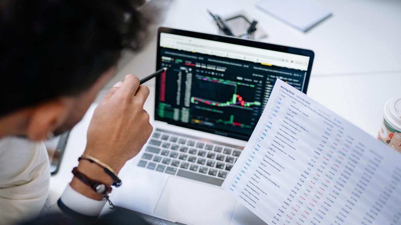 Top 10 CRM Software Comparison: A 2021 perspective