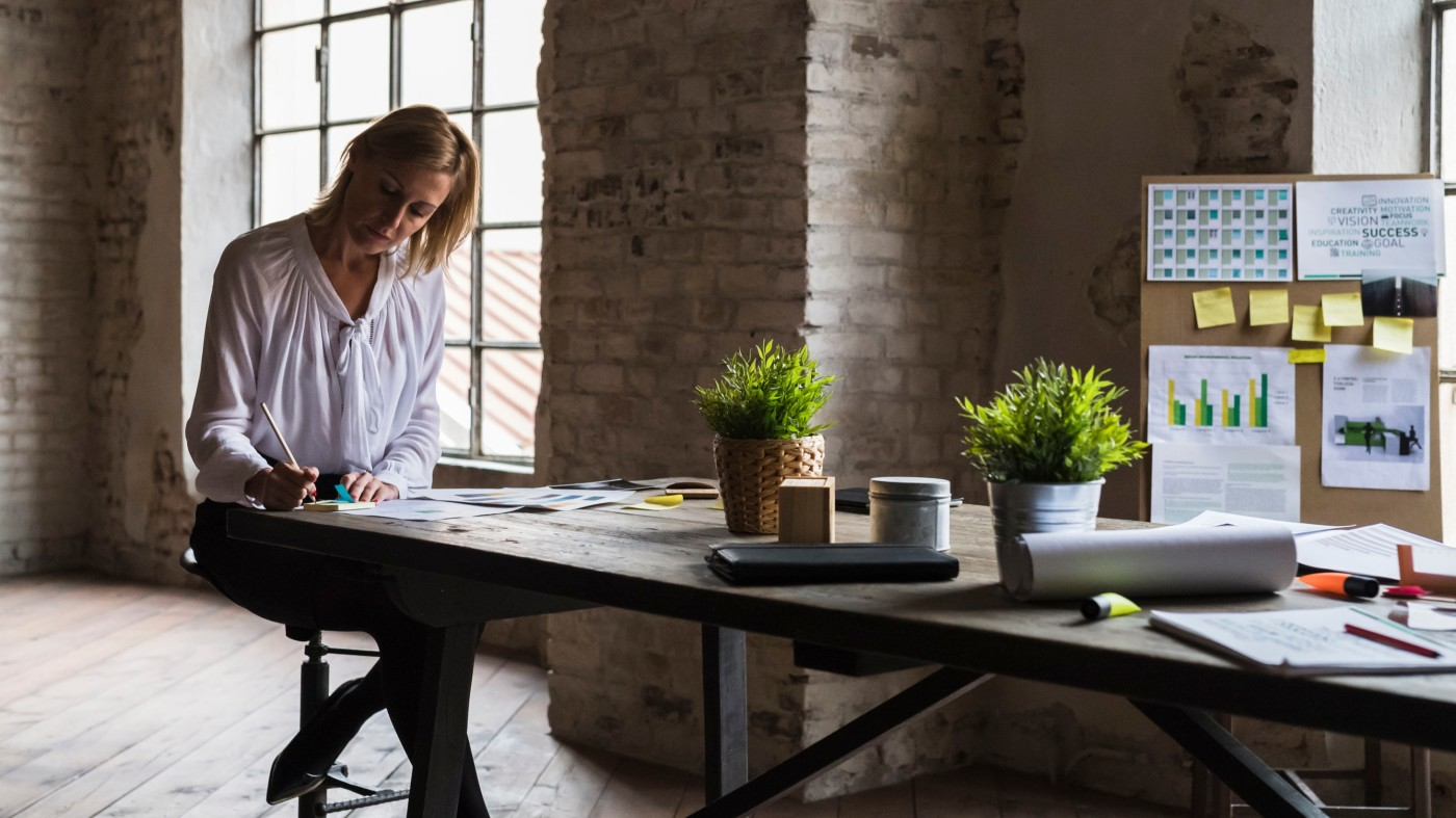 How to Write a New Hire Checklist for your New Joiners