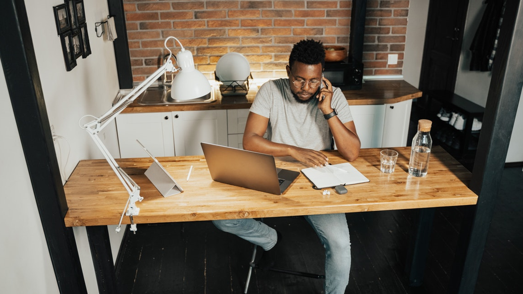 Remote Workers: 5 Must-Have Features to Support Them in 2021