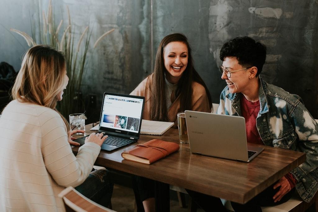 Millennials vs Gen Z: Key Differences at Work