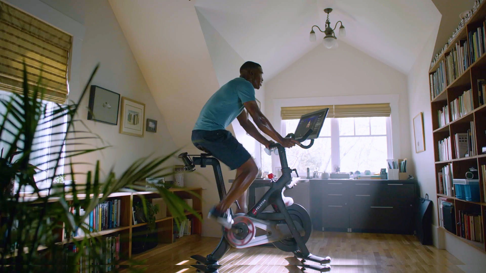 Peloton® | Workouts Streamed Live & On-Demand