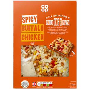 Co-op New York Style Spicy Buffalo Piled High Chicken Pizza 555g