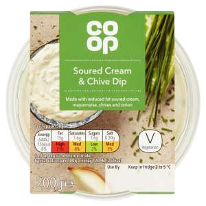 Co-op Soured Cream and Chive Dip 200g