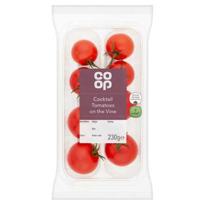 Co-op Cocktail Tomatoes on the Vine 230g