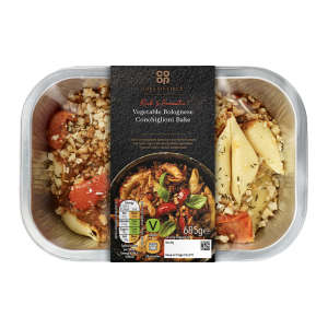 Co-op Irresistible Vegetable Bolognese Conchiglioni Bake 685g