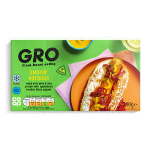 GRO Smokin' Hot Dogs 240g