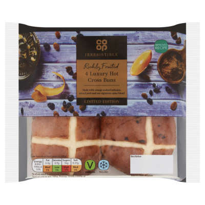 Co-op Irresistible Limited Edition Richly Fruited Luxury Hot Cross Buns 4 Pack