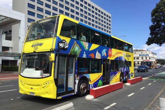hop on hop off bus transport wifi new zealand