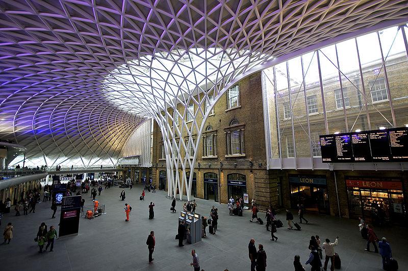 Hogwarts Express at Platform 9?