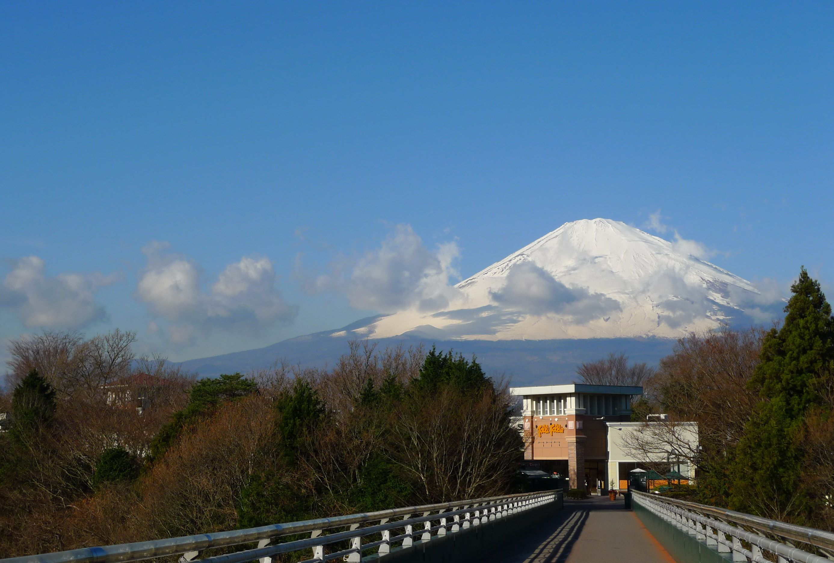 Mount Fuji View Gotemba Premium Outlets