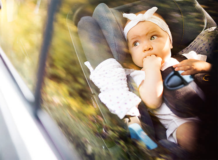 mom saves baby from hot car death by breaking car window