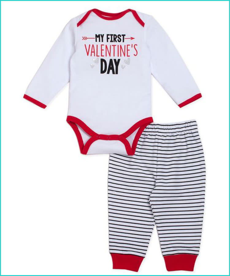 7a83691b 20 Valentine's Day Baby Outfits That'll Melt Your Heart
