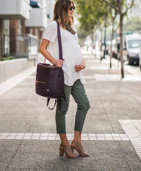 10 Must Have Maternity Work Clothes For Moms To Be