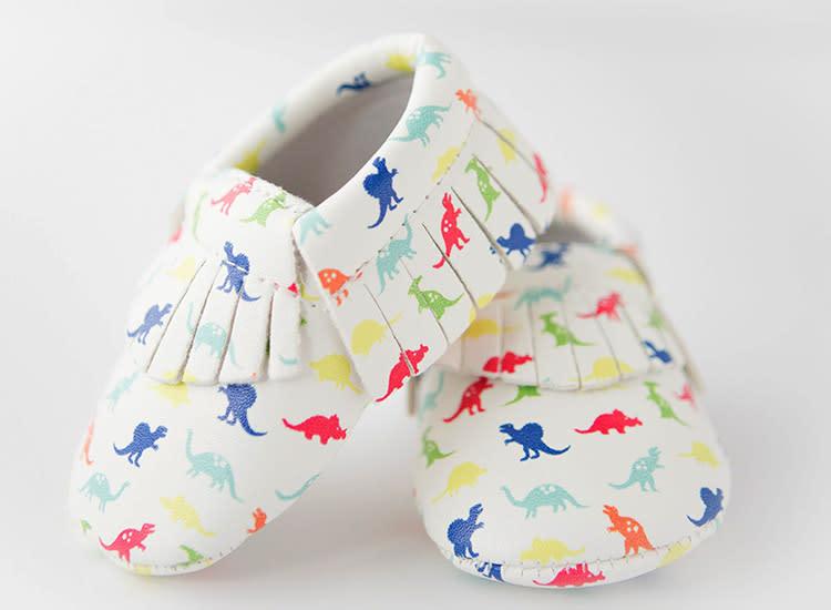 moonbaby-organics-etsy-rainbow-dinosaur-baby-moccasins