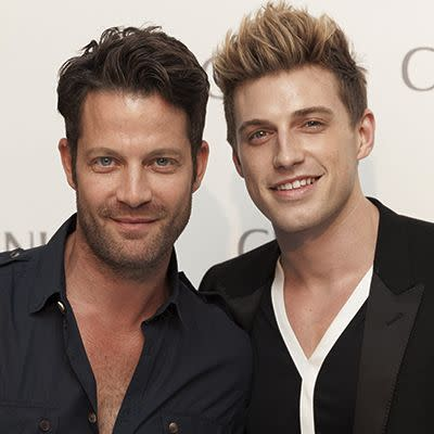 nate berkus and jeremiah brent expecting a baby via surrogate. Black Bedroom Furniture Sets. Home Design Ideas