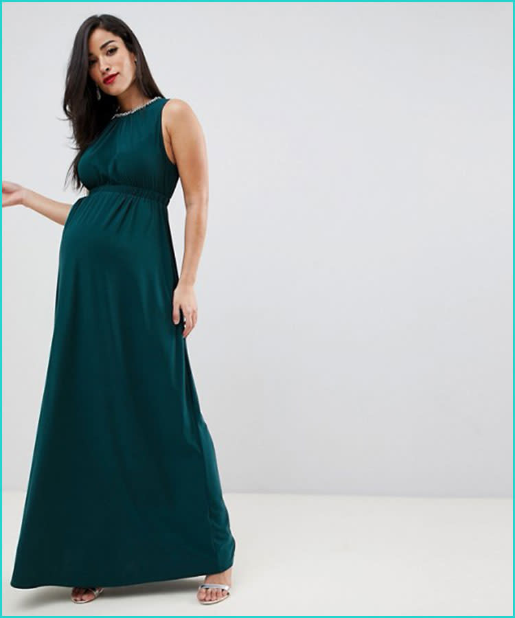 ed0c7462bc0 16 Stunning Maternity Photo Shoot Dresses