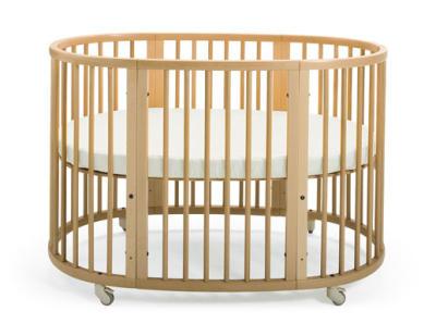 10 Cribs We Love