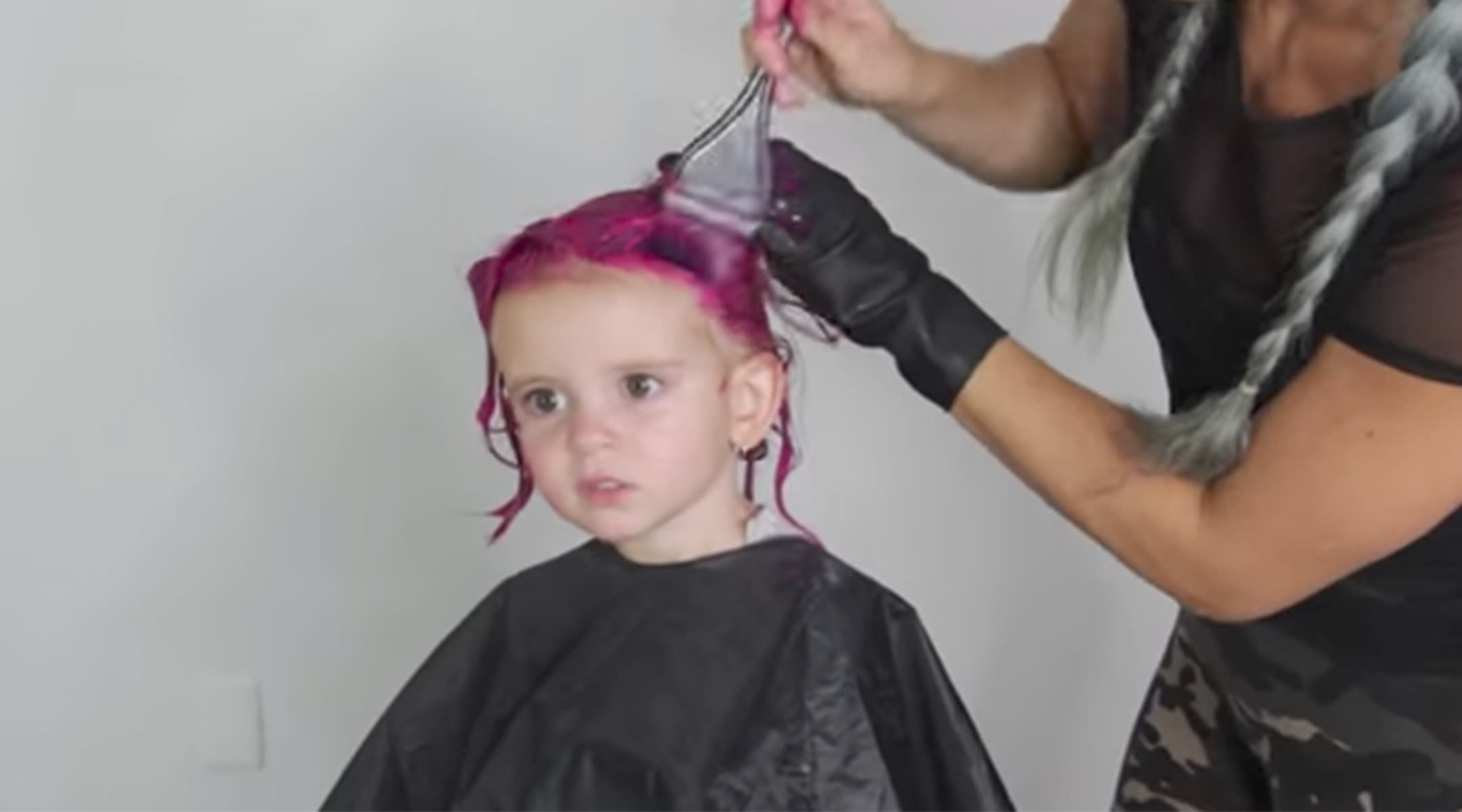 Should You Dye A Toddlers Hair New Post Sparks Debate