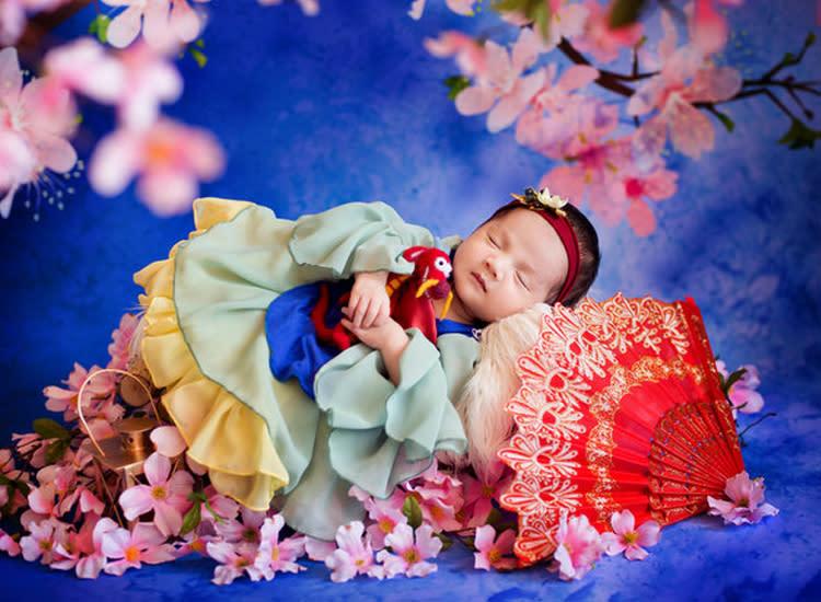 991d50dff6b4a Photographer Transforms Newborns Into Disney Princesses
