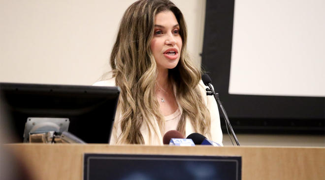 danielle fishel speaks at L.A. children's hospital about the bond she has with other NICU parents