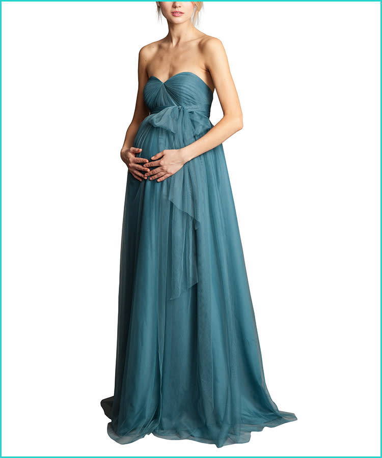 b10dd582772fb 27 Maternity Bridesmaid Dresses for Any Style and Size