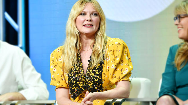 kristen dunst says it's easier to return to work than stay home with her baby