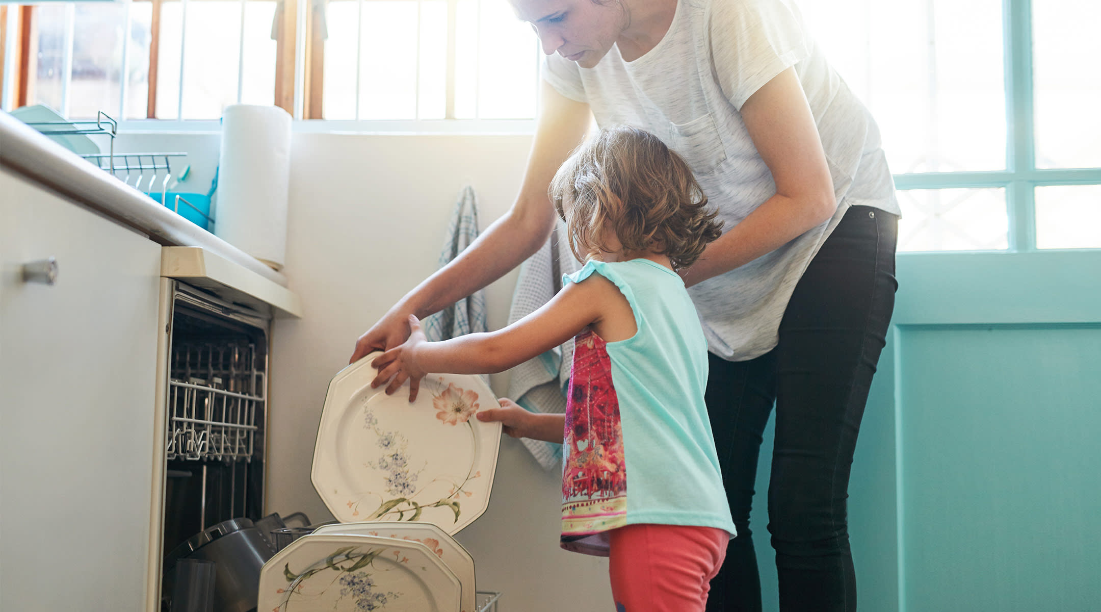 moms and working moms still handle the majority of the housework