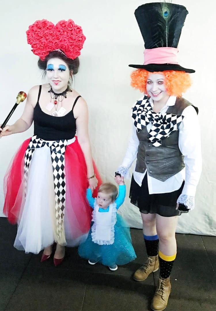 Alice In Wonderland Halloween Costume Family.Best Family Halloween Costumes Ideas For 2018