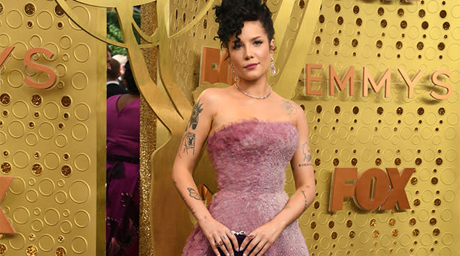 sing halsey pictured at red carpet event