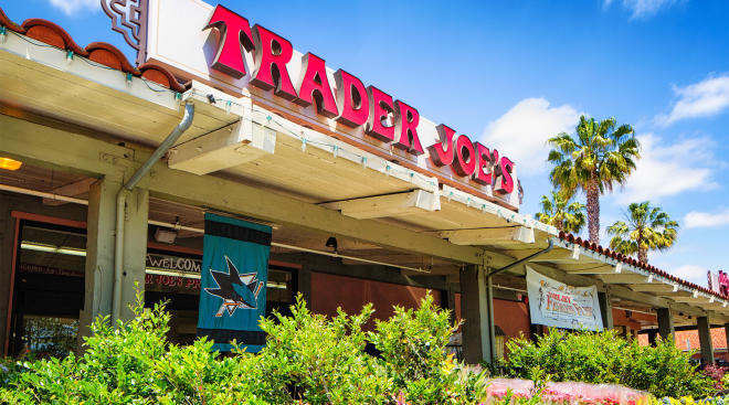 trader joe's grocery store, store front