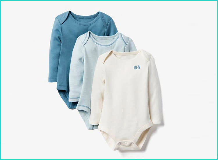 2952bd670c019 9 Types of Baby Clothes Every New Mom Should Own