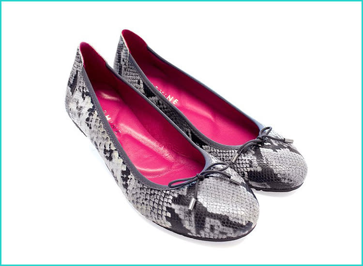 6a6d85d94a513 15 Pregnancy Shoes That Are Stylish and Supportive