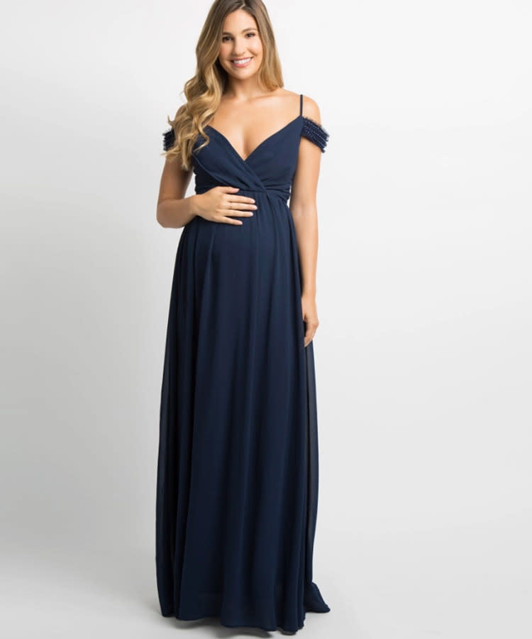 bee7e934c3a Chic Maternity Wedding Guest Dresses for Every Type of Affair