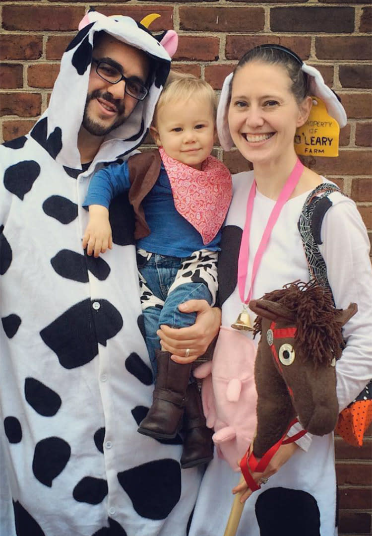 family-halloween-costumes-cowboy