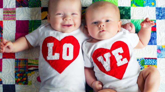 10 Signs Baby Loves You