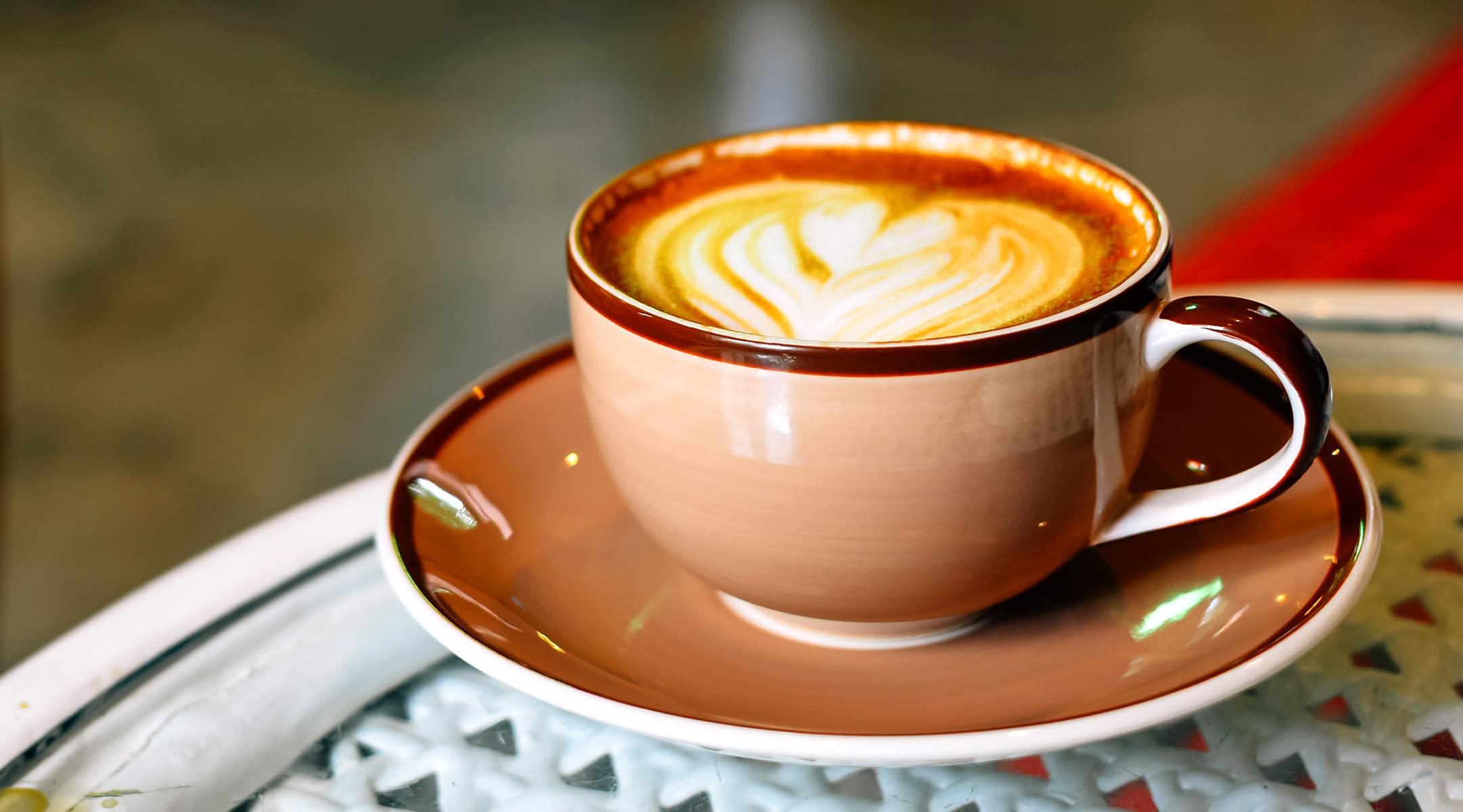 is-caffeine-ok-pregnancy-latte-2160x1200