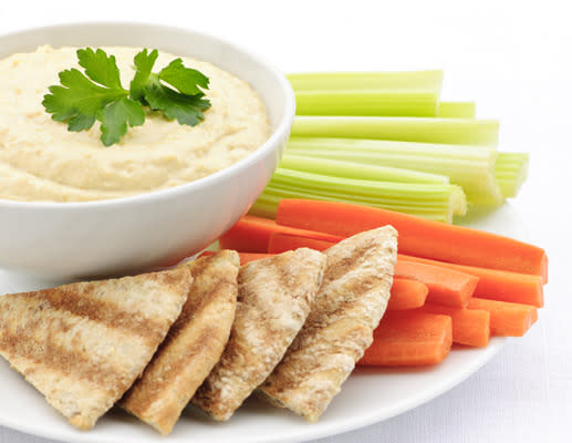 18 Healthy Pregnancy Snacks (All Around 300 Calories or Less!)