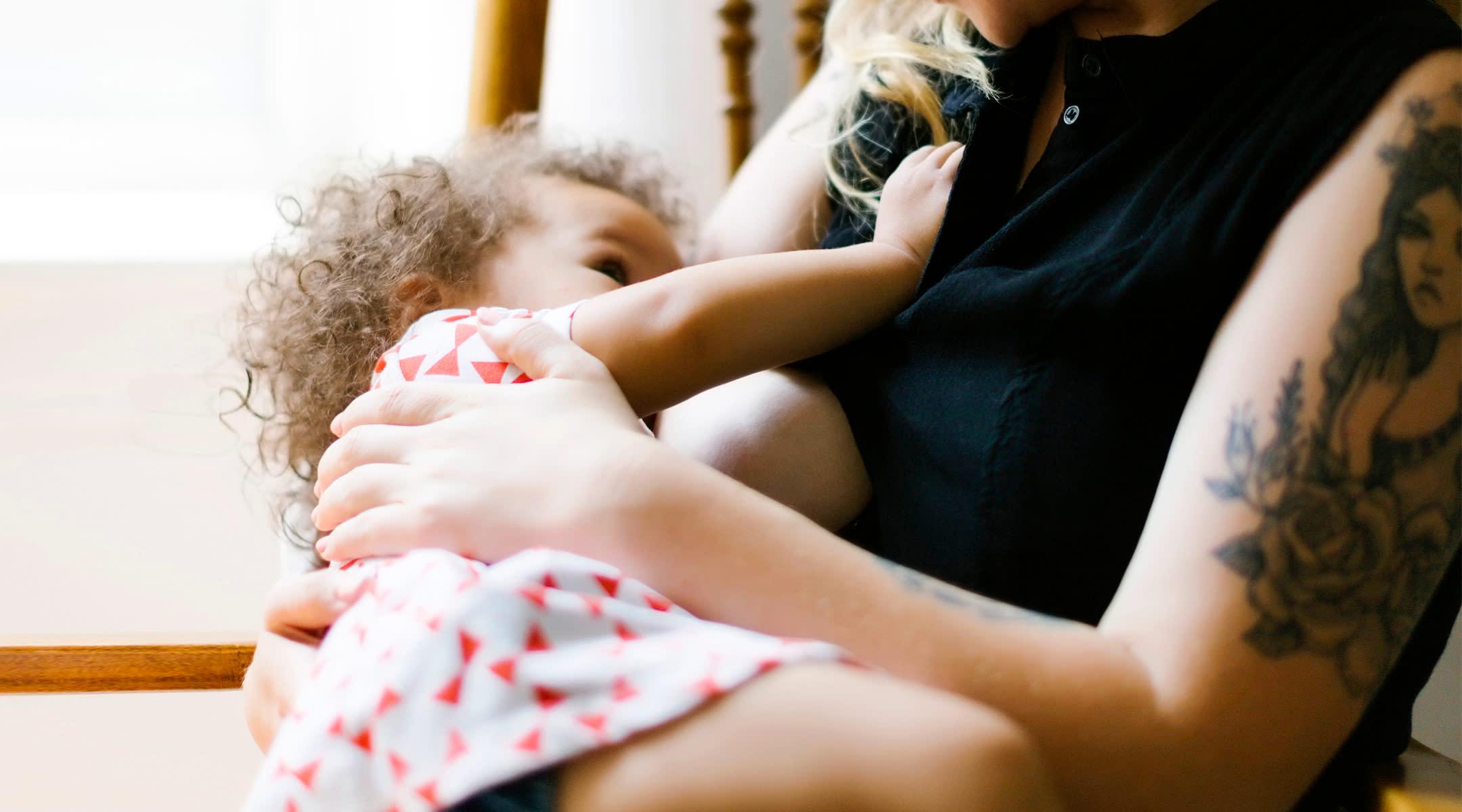 How Breastfeeding Changes as Baby Gets Older  How Breastfeedi...