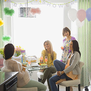 10 Tips for Budget Baby Showers