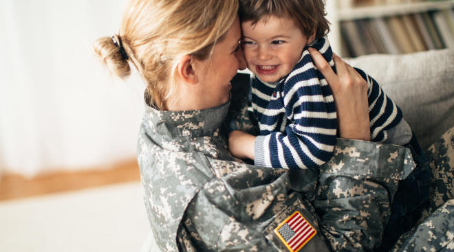 military mom homecoming, hugging toddler son