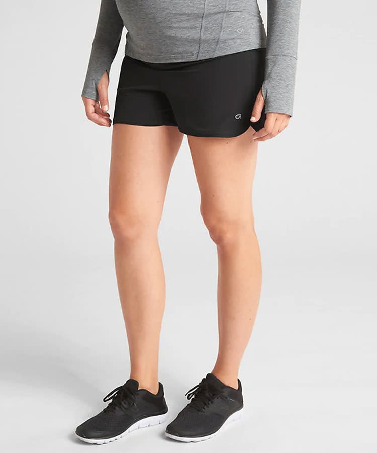21 Best Maternity Workout Clothes