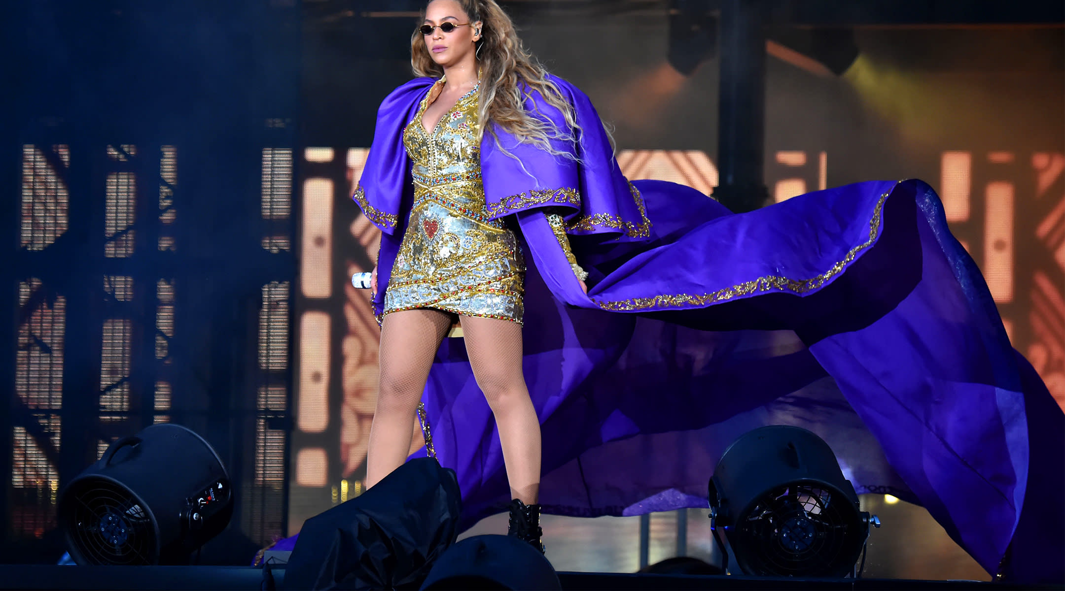 beyonce performing in costume on stage