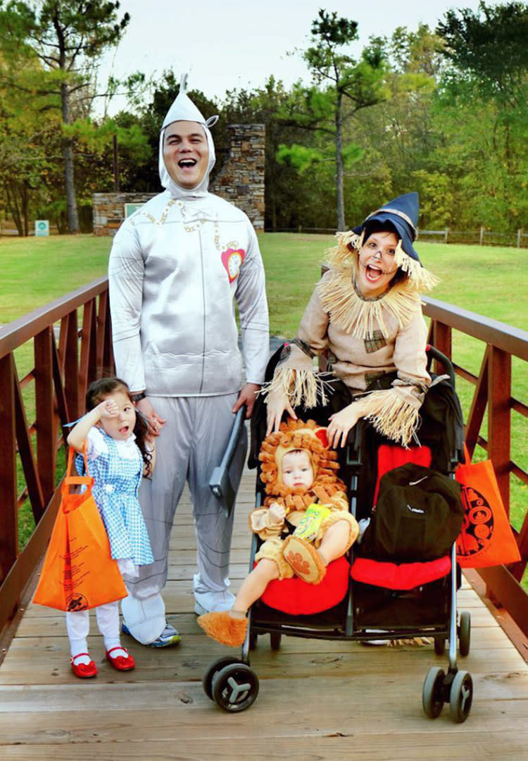 family halloween costumes with toddler ✓ halloween costumes