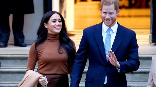 meghan markle walking with prince harry