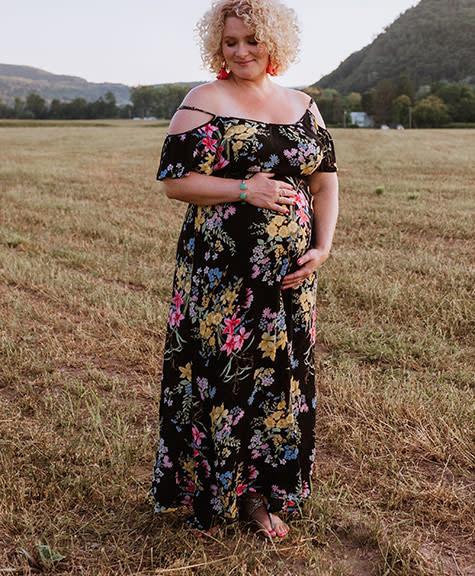 55 Cutest Maternity Summer Dresses Of The Season